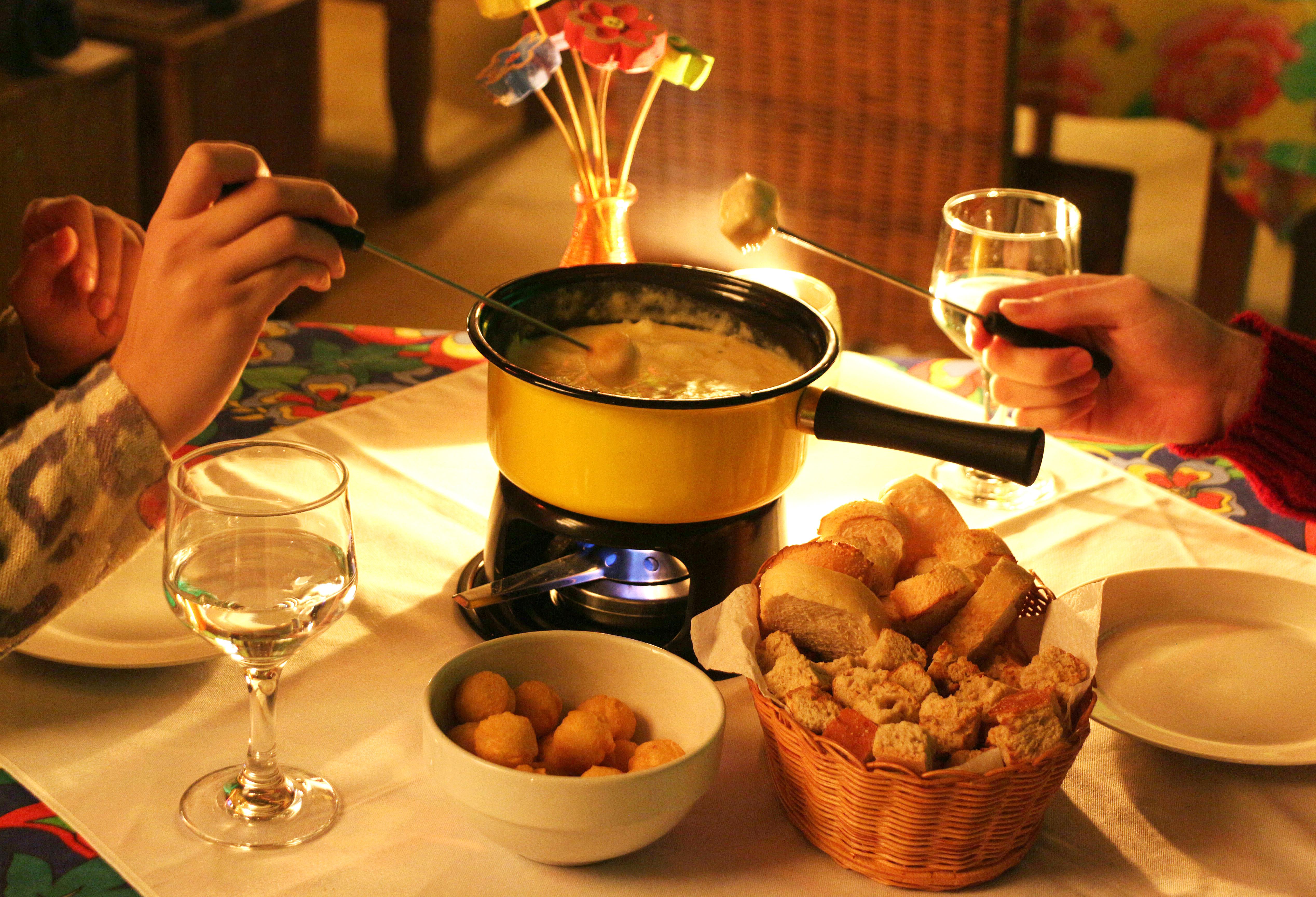 Aberta a temporada de fondues no Estação Marupiara | Estação ... | {Fondues 37}